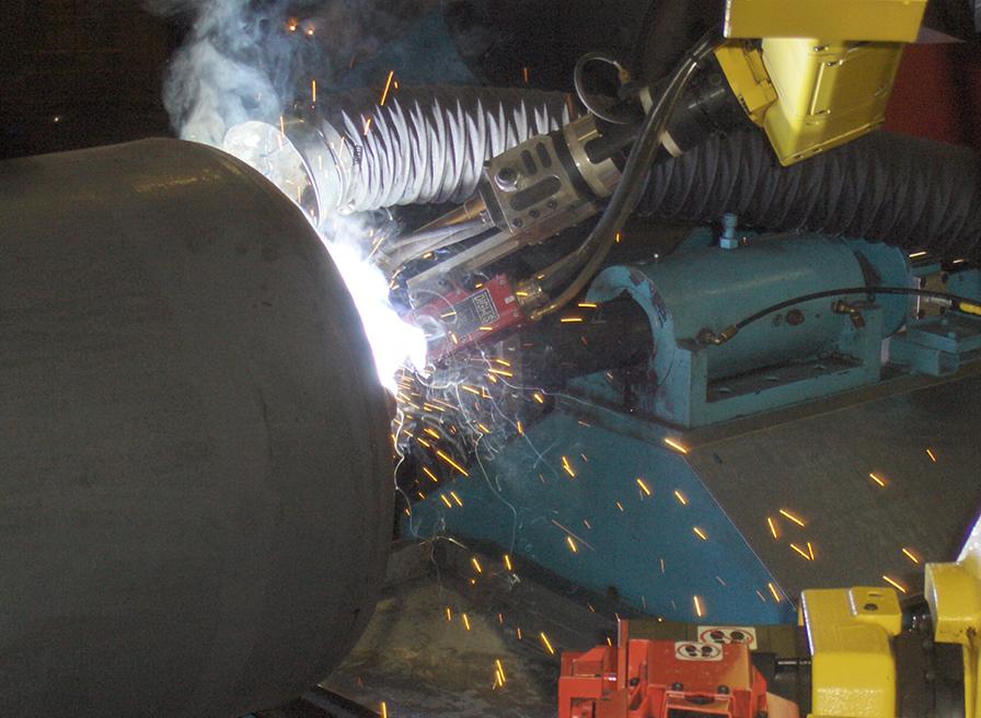 SERVO-ROBOT Applications Tank and Vessel Image Courtesy of A.O. Smith USA